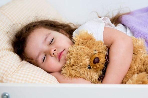 Manfaat Tidur Nyenyak untuk Si Kecil