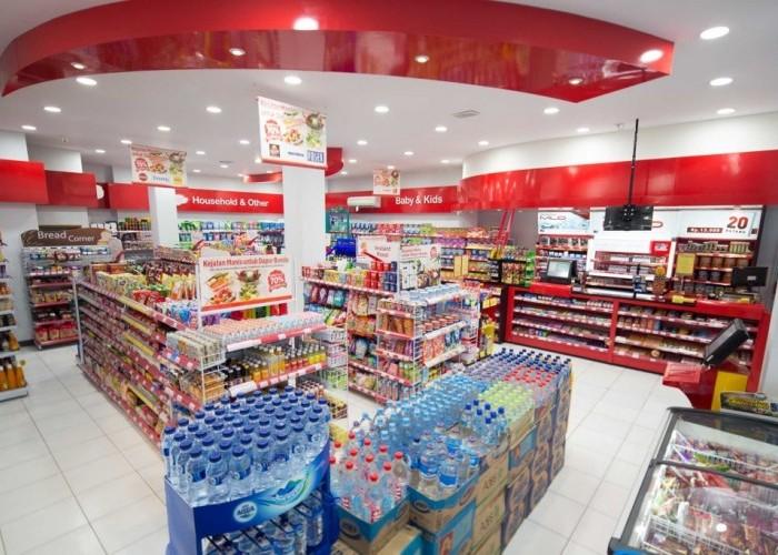 Alfamart Minimarket dengan Kartu Member Terbanyak