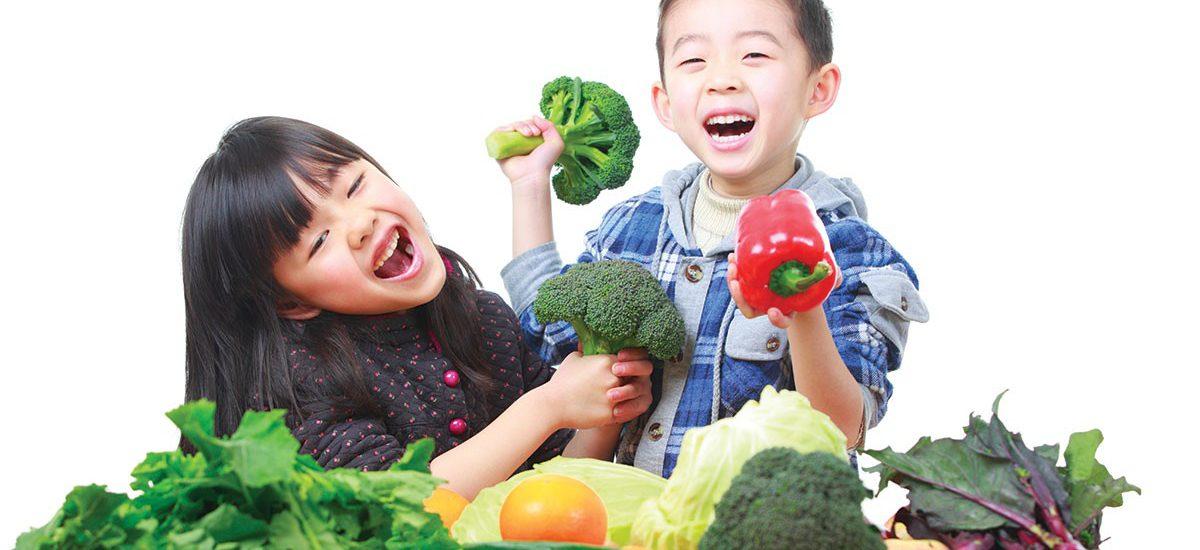 Tips Keluarga: 8 Cara Biasakan Anak Makan Sayur