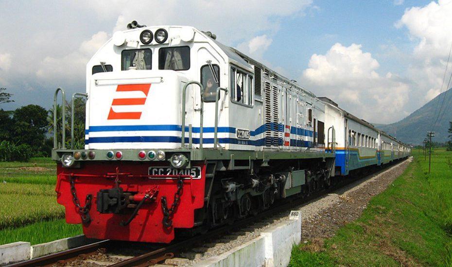 Sebelum Beli Tiket Kereta, Ketahui 5 Alasan Serunya Mudik Dengan Transportasi Darat Tersebut!