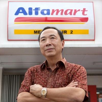 Pemilik Alfamart Menempati Posisi Orang Terkaya Di Indonesia! Kok Bisa?