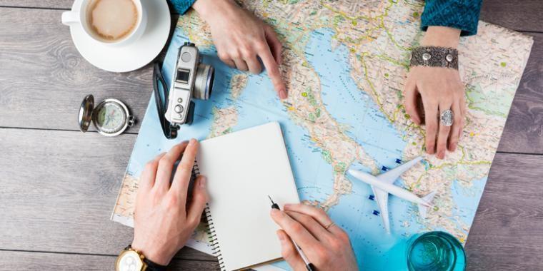 Berniat Traveling Ke Luar Negeri? Persiapkan 10 Hal Esensial Ini Plus Ikuti Promo Beli Tiket Pesawat!