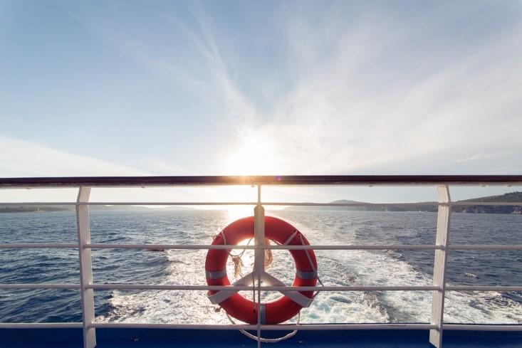 6 Tips Nikmati Perjalanan Yang Berkesan Dengan Kapal Laut