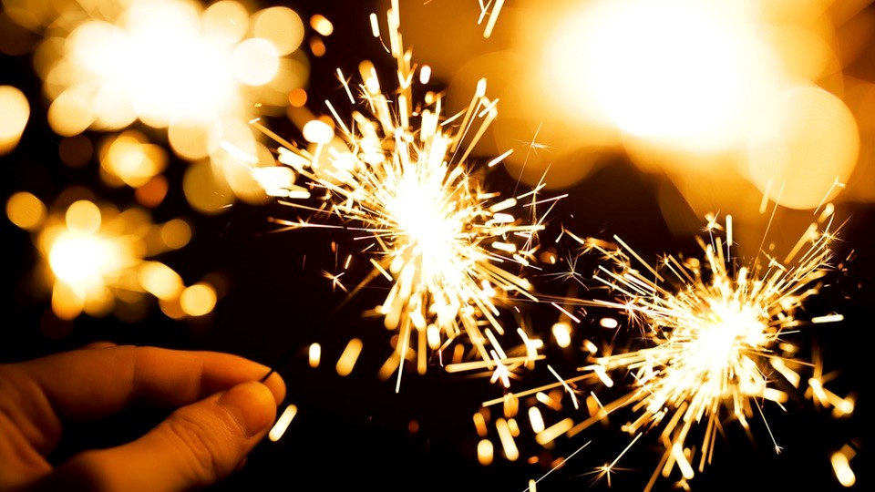 Happy New Year! Rayakan Tahun Baru Dengan Katalog Alfamart  2019