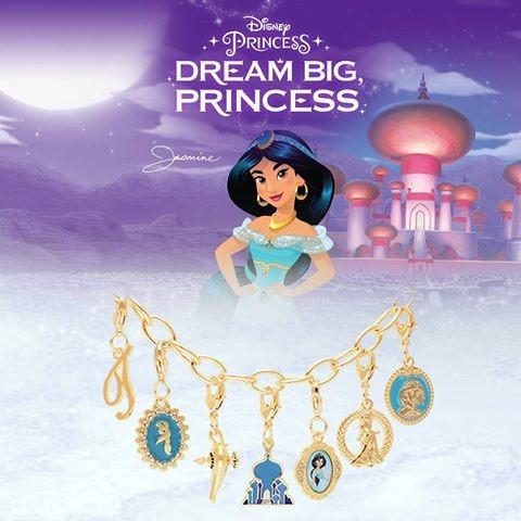 Koleksi Gelang Disney Cantik di Alfamart, Sudah Punya Belum?