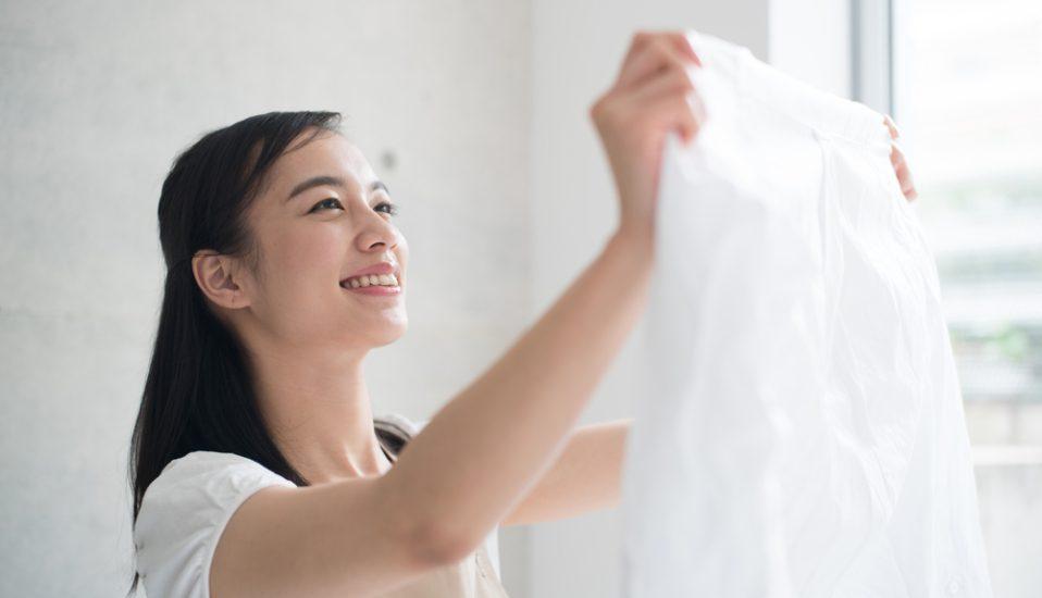 Ini Dia Cara Membersihkan Noda di Baju Putih Tanpa Ribet