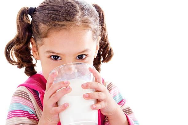 Ketahui Penyebab, Gejala dan Cara Mengatasi Alergi Susu Pada Anak