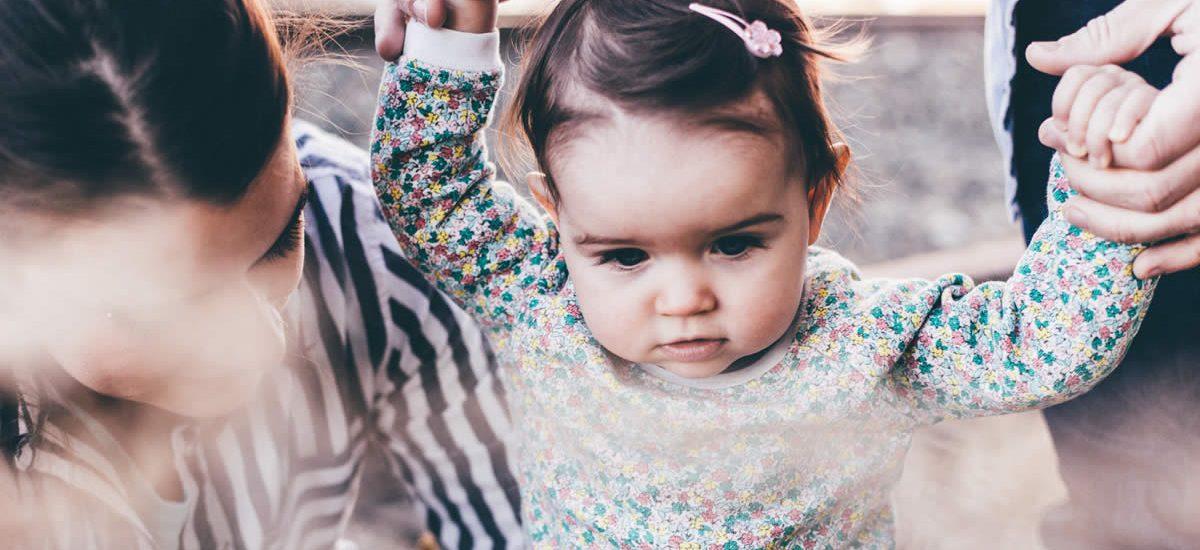 Buat Seru Liburan Bersama Bayi dengan 5 Tips Mudah Berikut Ini