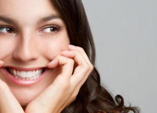 Cari Tahu Cara Memutihkan Gigi Secara Alami